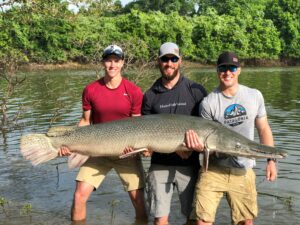 Catching the River Monster – Cut Bait for Gar Fishing